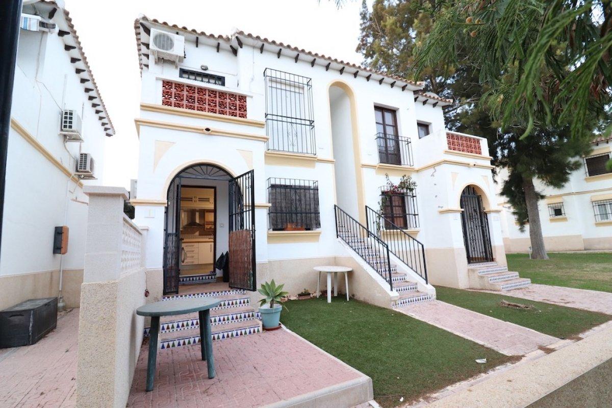 Bungalow in Orihuela Costa - Bestaande bouw - Van Dam Estates