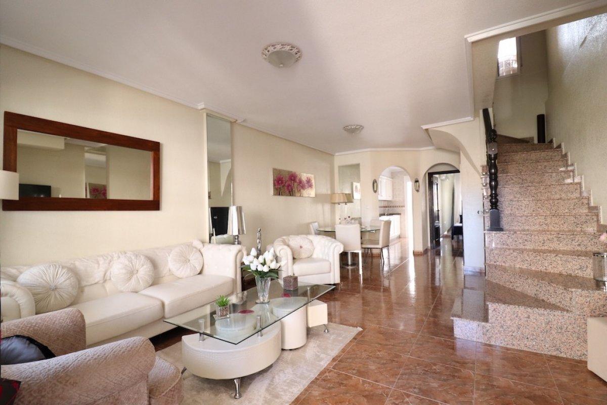 Rijwoning in Orihuela Costa - Bestaande bouw ?> - Van Dam Estates