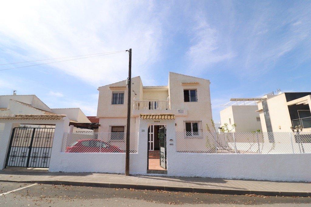Villa in Pilar de la Horadada - Bestaande bouw - Van Dam Estates