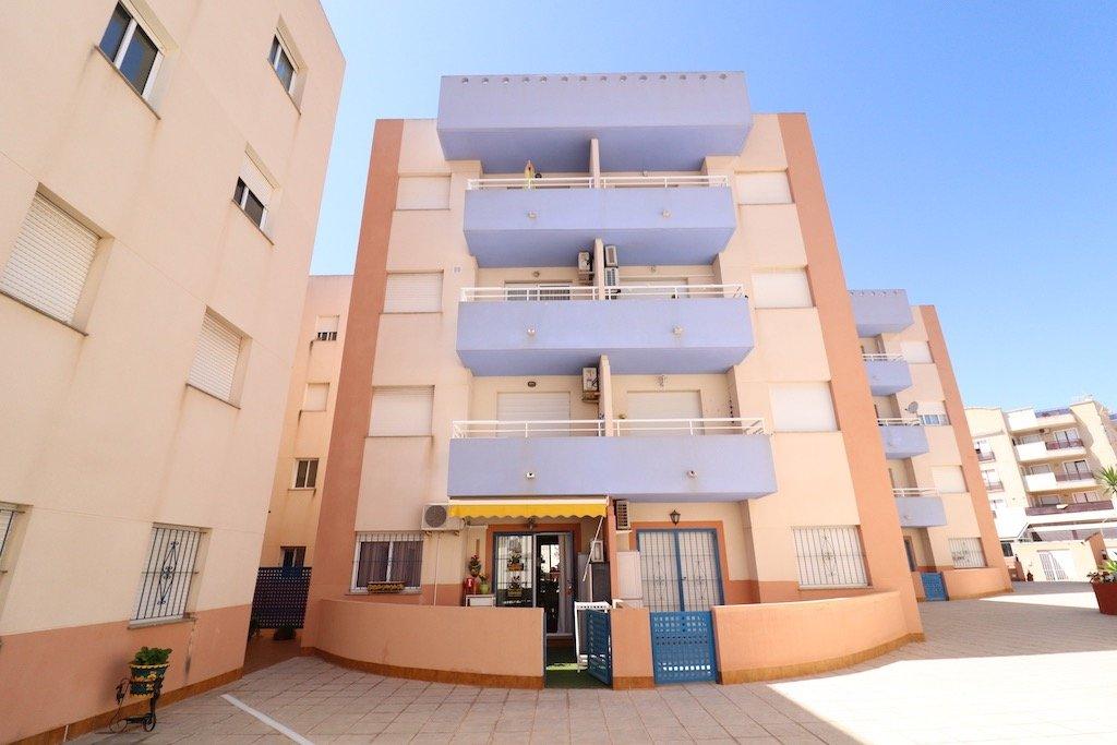 Apartment in Orihuela Costa - Resale - Van Dam Estates
