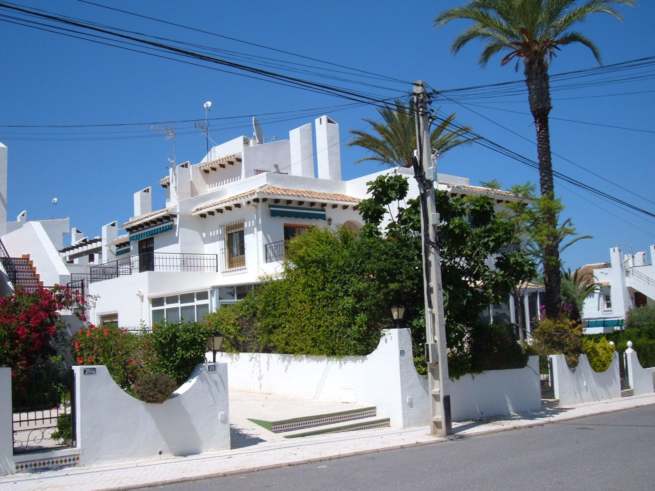 Rijwoning in Villamartín - Bestaande bouw - Van Dam Estates